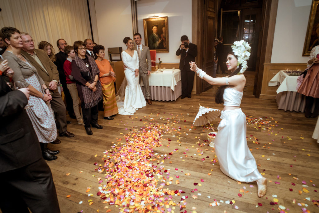 thaise huwelijksceremonie